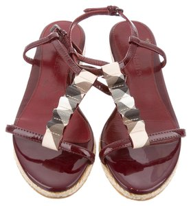 Burberry Patent Leather Nova Check Red, Beig Sandals