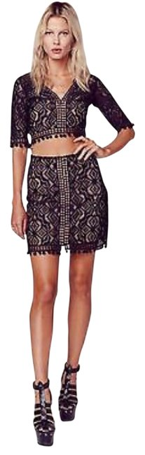 Item - Black with Nude Liner Above Knee Night Out Dress Size 4 (S)