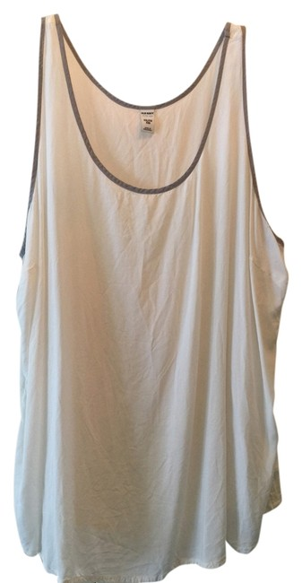 Preload https://item5.tradesy.com/images/old-navy-tank-topcami-size-20-plus-1x-1464174-0-0.jpg?width=400&height=650
