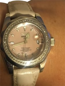 Invicta Invicta PINK MOP face with a diamond bezel
