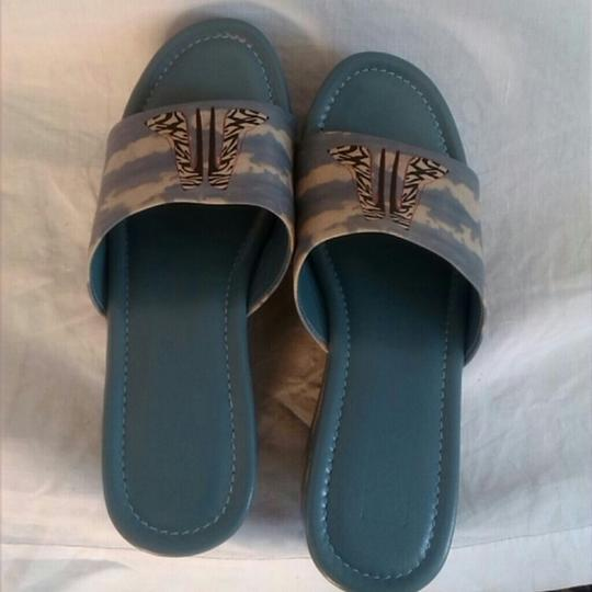 Jeon Leather Light Blue Wedges