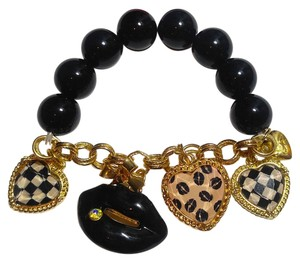 Betsey Johnson Betsey Johnson Black White Hearts & Lips Charm Bracelet Stretch J2404