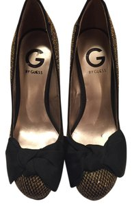 Guess Black and Gold Pumps