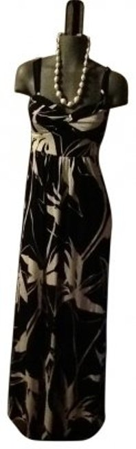 Preload https://item3.tradesy.com/images/banana-republic-black-and-white-long-casual-maxi-dress-size-8-m-146452-0-0.jpg?width=400&height=650