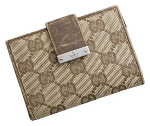 Gucci brown gg canvas business credit card case wallet tradesy gucci gucci gg canvas brown business credit card case colourmoves