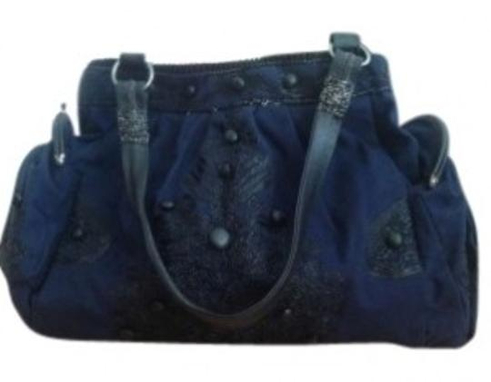 Preload https://img-static.tradesy.com/item/146461/anthropologie-navy-cloth-shoulder-bag-0-0-540-540.jpg
