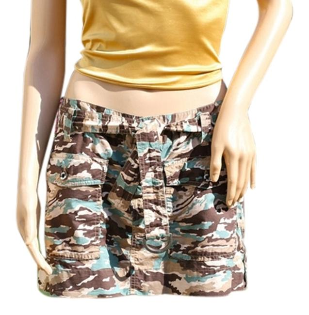 Preload https://item1.tradesy.com/images/joie-camouflage-miniskirt-size-6-s-28-1464635-0-0.jpg?width=400&height=650