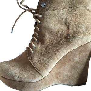 BCBGeneration Camel Boots