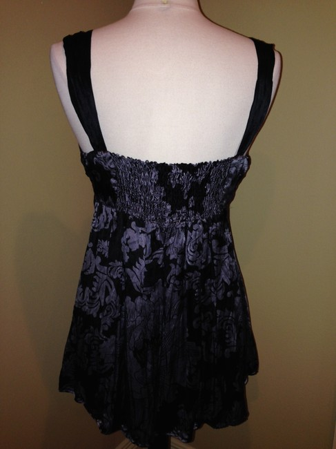 White House | Black Market Size M Silk Evening Chic Fitted Top Black Gray
