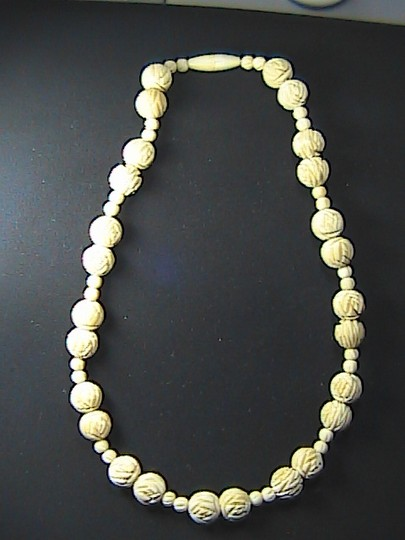 Vintage Ivory Bead Necklace