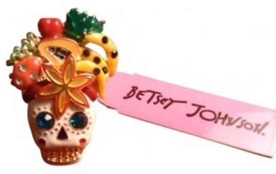 Preload https://img-static.tradesy.com/item/146557/betsey-johnson-white-gold-mulit-colored-skull-with-fruit-with-box-size-75-ring-0-0-540-540.jpg