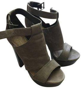 Jessica Simpson Grey Platforms