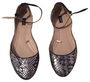 Zara Black and silver python print. Flats