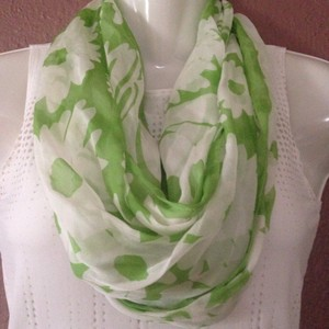 Larioseta Made in Italy 100% Silk Larioseta Women's Scarf