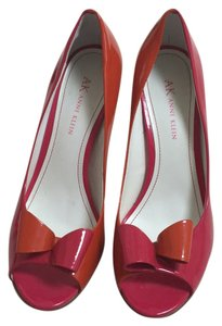AK Anne Klein Patent orange and hot pink Pumps