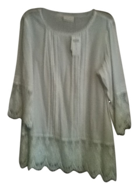 Preload https://item5.tradesy.com/images/chico-s-white-tunic-size-14-l-146634-0-0.jpg?width=400&height=650