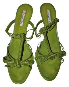 Oscar de la Renta Leather Made In Italy Lime Green Sandals