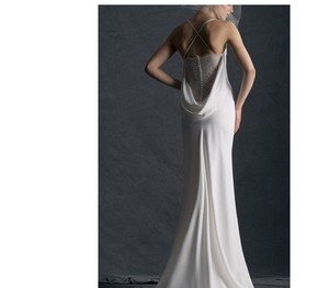 Cymbeline Paris Off White French Lace Synthetic Fiber Hermione Modern Wedding Dress Size 8 (M)