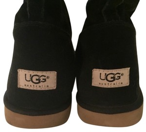 UGG Australia Black suede with beige sheepskin Boots