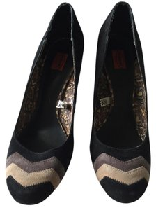 Missoni for Target Black, nude and gray Pumps