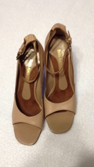 Enzo Angiolini Heels With Ankle Straps Leather mauve Wedges