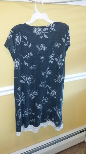 Jaclyn Smith short dress Black & Cream Comfortable Machine Washable on Tradesy