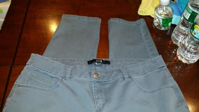 Forever 21 Stretchy Comfortable Straight Leg Jeans-Medium Wash