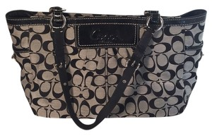 Coach Tote in Black & While