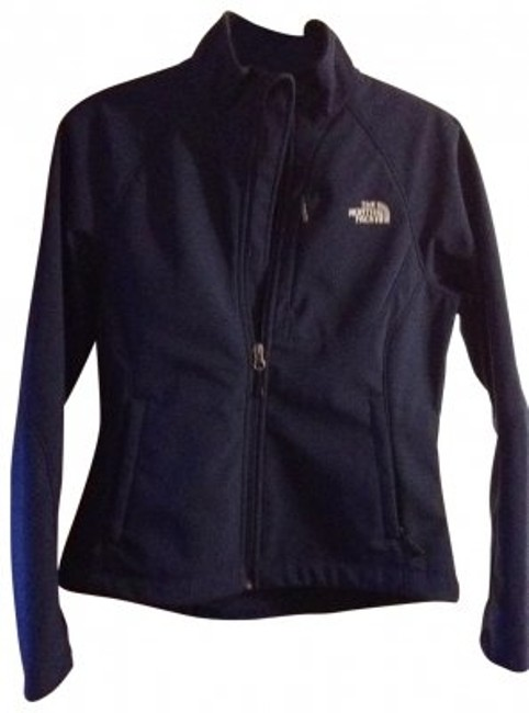 Preload https://item5.tradesy.com/images/the-north-face-navy-apen-bionic-jacket-never-worn-activewear-size-6-s-146799-0-0.jpg?width=400&height=650