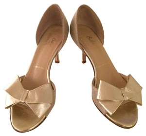 Butter Gold Pumps