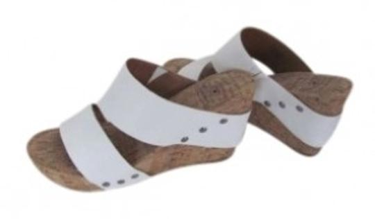 Preload https://item2.tradesy.com/images/lucky-brand-white-and-tan-sandals-cork-wedges-size-us-8-146821-0-0.jpg?width=440&height=440