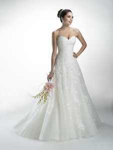 Maggie Sottero Ivory Lace Delilah Formal Wedding Dress Size 14 (L) - item med img