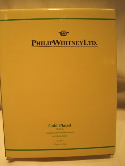 """Philip Whitnet LTD. Amelia Gold Plated Frame by Philip Whitney Limited (for Photos: 4"""" x 6""""); Style# 55846 - [ Roxanne Anjou Closet ]"""