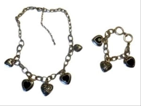Preload https://item5.tradesy.com/images/silver-and-amethyst-necklace-and-bracelet-set-146844-0-0.jpg?width=440&height=440