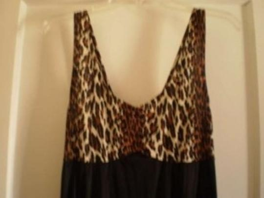 Vanity Fair Leopard & black long nightgown