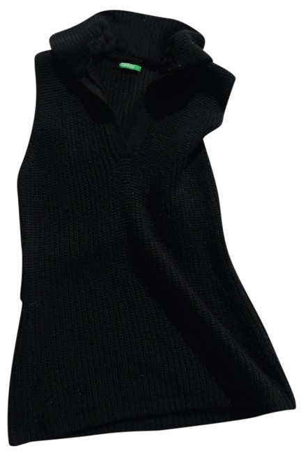 Item - Black Sweater
