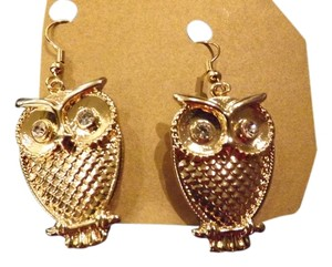 Owl Earrings Awesome Owl Earrings Gold Raised 3D with clear Rhinestone Eyes!