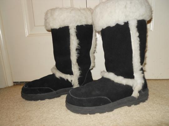 EMU Leather black & white Boots