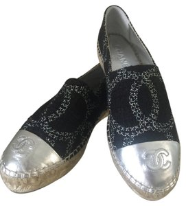 Chanel Black/Silver Flats