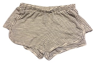 Brandy Melville Mini/Short Shorts Stripe