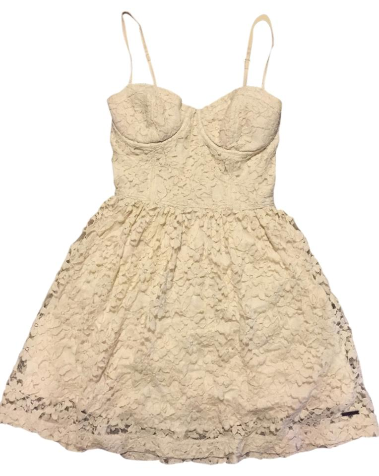 White Lace Short Casual Dress