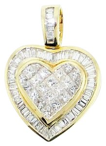 Must see - 18 karat yellow gold 1.93 carats total weight invisibly-set princess cuts and 1.84 carats total weight channel-set baguette diamond heart pendant with appraisal
