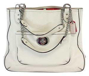 Coach Ivory Leather Shoulder Bag
