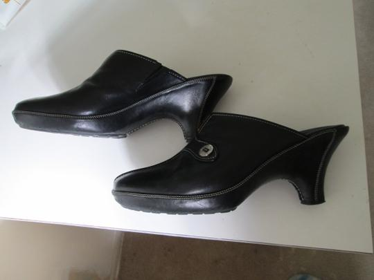 Cole Haan Black with white top stitching Mules