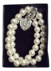 Avon Pearlesque Necklace