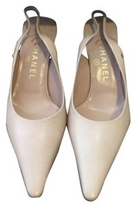 Chanel Pale pink Pumps
