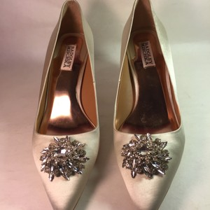 Badgley Mischka Badgley Mischka Ivory Satin Pumps Wedding Shoes Wedding Shoes