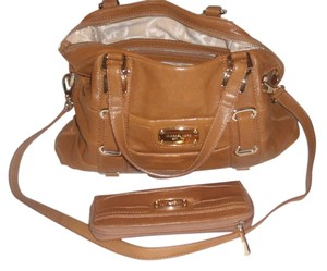 Michael Kors Satchel in Chestnut