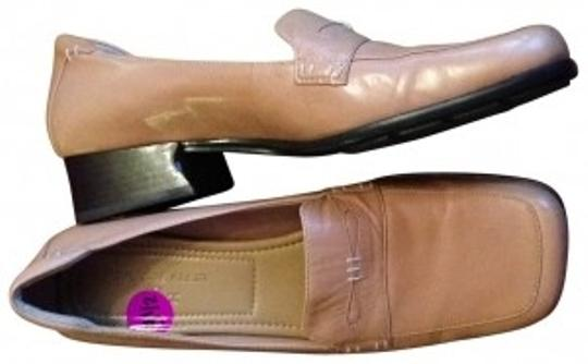 Preload https://item3.tradesy.com/images/anne-klein-camel-leather-loafers-business-casual-flats-size-us-85-147072-0-0.jpg?width=440&height=440