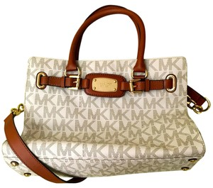 Michael Kors Leather Signature Monogram Satchel in Vainilla Cognac